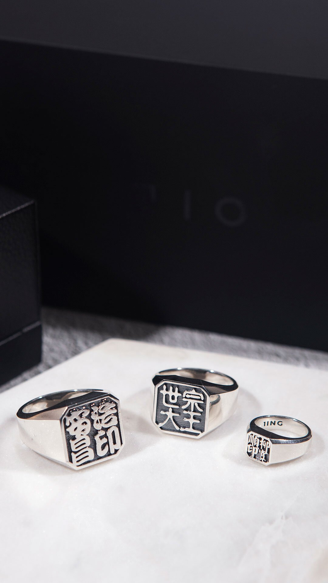 1ING[일링] 옥타곤 원링(각인) 은(Silver) 소재 컨셉 사진 4